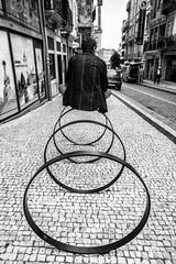 1-DSC05341 (Paulo J Moreira) Tags: blackandwhite bw portugal blackwhite funny streetphotography pb loops porto pretoebranco argolas paulomoreira sonynex7