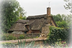 Thatched Roof (Bob.W) Tags: gloucestershire nationaltrust hidcotemanor chippingcamden