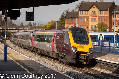 Cross Country Voyager 220001 for Reading at Banbury