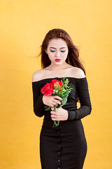 AKU_6013 (Akasumoto) Tags: 85l look girl beautiful canon 1dsmark3 1dsmarkiii portrait vietnam body color lighting strobe studio chair hair fly flower