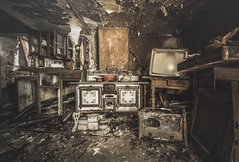 TV chefs make it look so easy.. (Marco Bontenbal (Pixanpictures.com)) Tags: nikon d750 tamron 1530 lost abandoned decay decayed hidden world eu europe belgium cook urbex urban exploring beautiful tv chef natural light old derelict ue technology urbanexploring naturallight photography pixanpictures forgotten pans pan