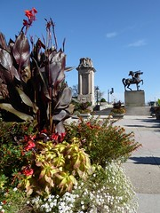 Chicago, Congress Plaza (Mary Warren (8.2+ Million Views)) Tags: chicago urban congressplaza art sculpture indian nativeamerican bronze metal nature planter flora canalilies blooms blossoms flowers