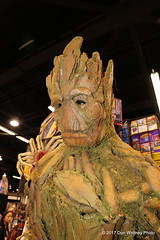 134-IMG_1988 (Don Whitney Photo) Tags: wonderconanaheim2017 cosplay guardians groot alien facehugger