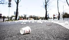 cup (robert.herdzik) Tags: warsaw marathon poland guitar street