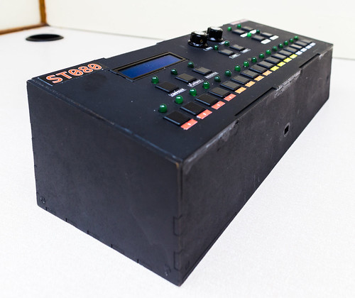 ST080 Drum Machine