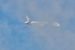 Clouded... Singapore Airlines B772(ER) (jANgsg) Tags: departure singapore sinwsss cloudy blueskies 9vsrj singaporeairlines boeing777212er cn28527 suvarnabhumibangkokintl bkk