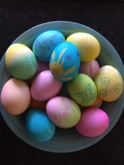 (FarFlungTravels) Tags: eggs colored easter tradition hardboiled egg huevo pascua