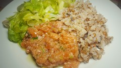 #120417 #jantar tartar de Salmão arroz integral salada verde  #dinner salmon tartar integral rice green salad (i cook my meals daily) Tags: 120417 dinner jantar