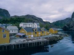 Empty restaurant (JaZ99wro) Tags: e100g e6 f0325 mamiya645protl norway norwegia nusfjord opticfilm120 tetenal3bathkit analog exif4film film