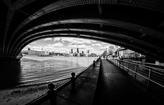 Under Blackfriars. (Suggsy69) Tags: nikon d5200 blackfriarsbridge bridge thames riverthames london southbank blackwhite bw blackandwhite monochrome mono fisheye fisheyelens 8mm