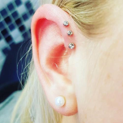 Stecker ashley piercing Ashley piercing