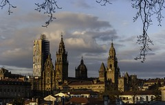 Santiago de Compostela (Victoriano Rivero) Tags: espaa arquitectura nikon photographer galicia galiza santiagodecompostela fotgrafo piedra fotografa d90 nikond90 joselosada