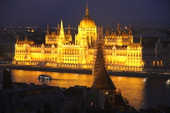 Golden (Rambling Badger) Tags: architecture night canon river hungary budapest parliament danube