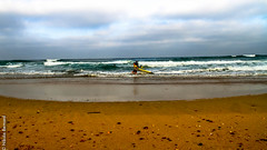 Surfing (nikla) Tags: mer beach canon surf surfing plage matin