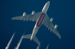 Emirates Airbus A380-861 A6-EDY (Thames Air) Tags: emirates airbus a380861 a6edy contrails telescope dobsonian overhead vapour trail