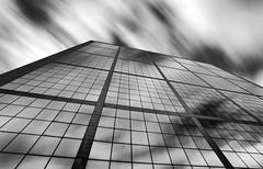 HOPSCOTCH (Rober1000x) Tags: longexposure sky paris architecture clouds arquitectura europa europe ladefense architect 2014 îledelacité isladefrancia thegrandarch