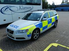 OU62BHW Hertfordshire Police Volvo V70 Estate (graham19492000) Tags: police policecar volvov70estate hertfordshirepolice ou62bhw