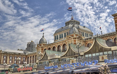 "Kurhaus in Scheveningen • <a style=""font-size:0.8em;"" href=""http://www.flickr.com/photos/45090765@N05/14244113636/"" target=""_blank"">View on Flickr</a>"