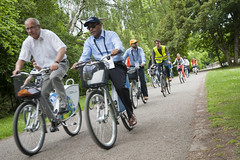 Andy Palanisamy (centre) enjoys the Cultural Bicycle Tour of Leipzig