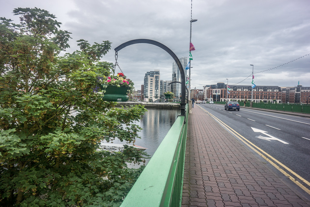 SHANNON BRIDGE IN LIMERICK [THE FLOWER BASKETS ARE NOT REALLY ATTRACTIVE]