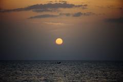 Embarcacin al atardecer | Boat at sunset (ulises.santamaria) Tags: ocean sunset people sun mxico atardecer mar fishing gente silhouettes yucatn pesca siluetas tarde caribe caribean mrida puertoprogreso