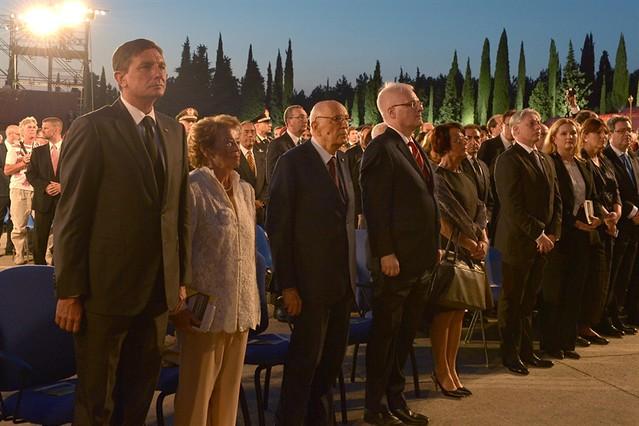 """Il Presidente Giorgio Napolitano al Sacrario di Redipuglia assiste insieme al Presidente Croato e al Presidente Sloveno alla """"Messa da Requiem"""" di G. Verdi dedicata alle vittime di tutte le guerre, diretta dal M° Muti"""