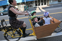 Finch-fiets unveiling at Velo Cult-22 (BikePortland.org) Tags: cargobikes metrofiets emilyfinch finchfiets