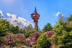 Rapunzel's Tower (Michael Billick) Tags: waltdisneyworld wdw resorts orlando photography amusementparks disneyphotoblog disneyphotography disneyworld disneyparks florida hdr kissimmee colors nikon magickingdom nikond810 rapunzel rapunzelstower fantasyland bluesky
