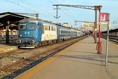 CFR 60-1120-1 ( 05.09.16 ) (arjan-mat64) Tags: cfr 060da 060 da diesel ir interregio bucuresti nord boekarest trainstation train station track platform
