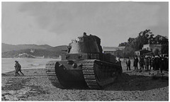 FCM 1A on the beaches of La Seyne during a public demonstration, 1917