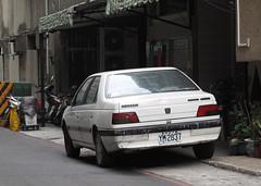 Peugeot 405 Automatic (rvandermaar) Tags: peugeot 405 automatic peugeot405 taiwan