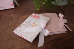 IMG_9727 (Large) (Mimos Art - Para mamães e noivas) Tags: lembrancinha nascimento aniversário chádebebê temajardim gaiolinha borboletas blocodeanotaçãolembrancinha