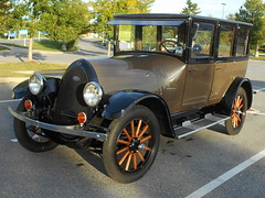 1923 Franklin 10B Sedan (splattergraphics) Tags: 1923 franklin 10b sedan carshow aacaeasterndivisionfallmeet antiqueautomobileclubofamerica aaca hersheypa