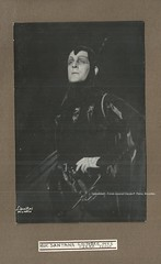 HUC-SANTANA, André, Méphistophélès, Faust, Opéra de Paris, 1948 (Operabilia) Tags: claudepascalperna operabilia goldenage opera autograph autographe opéradeparis opéracomique bass andréhucsantana faust gounod méphistophélès