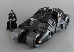 Batman ~ The Dark Knight BATMOBILE TUMBLER & BATMAN FIGURE - Metal Die Cast Series by Jada (LUNZERLAND!) Tags: diecastfigure batman batmobile thedarkknight tumbler jada hollywoodcar moviecar 124scale diecastcar diecasttoy diecast metalsdiecastseries