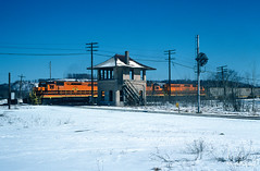 Crossing the Low Grade (jwjordak) Tags: 456 sd45 linepole trainbub tower bprr positionlight signal snow train dubois pennsylvania unitedstates us