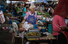 The old lady of the market - Thailand (FimRay) Tags: thailand traditionalstreet streetphotography thai asian people old elderly woman women working southeastasia street market