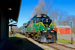 Back to Utica (flannrail) Tags: train railroad passenger rs18 adcx adirondack