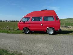 roter Baron auf edelen Felgen (QQ Vespa) Tags: volkswagen bulli womo wohnmobil motorhome camper transporter car classis pn97fk t3 bus vwbus