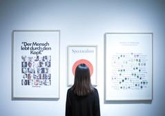 (MarcoBekk) Tags: girl portrait art marco bekk trash htk hamburg museum faceless light