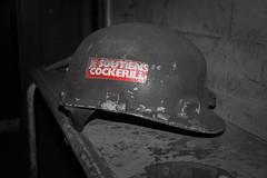 ArcelorMittal / Urbex (Arnaudphoto1412) Tags: arcelormittal selective color canon red abandonner abandonned abandonabandonner liège belgique casque