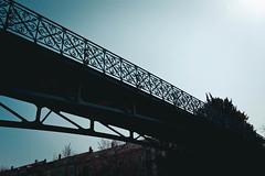 Brücke (surfingstarfish) Tags: brücke bridge sky urban himmel ansicht weg geländer architektur architecture