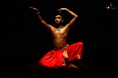 Parshwanath_14 (akila venkat) Tags: bharatanatyam parshwanathupadhye maledancer dancer art culture performance indiandance classicaldance bangalore sevasadan