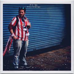 ¡Atlético! (John Hague) Tags: hipstamatic gjegje abbotk20 jollyrainbo2x iphoneonly photojournalism sports streetphotography streetstyle football voetball calcio futebol fusball fútbol futbol atléticomadrid championsleague