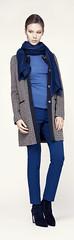 Пальто Penny Black, свитер Joseph, брюки Escada, палантин Escada, сапоги Stuart Weitzman