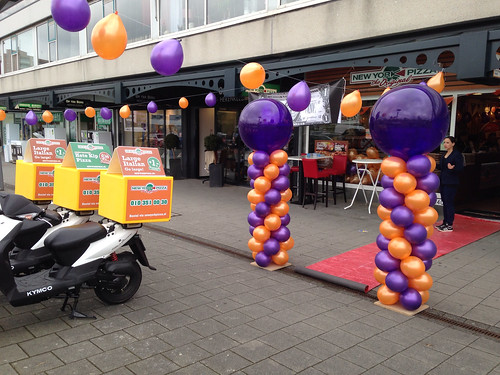 Ballonpilaar Breed Rond New York Pizza Hoogvliet