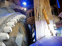 How Kinderdijk's windmills work (Bob Gundersen) Tags: park cruise holland netherlands photo interesting nikon flickr image shots picture eu engineering places powerplant viking gears scenes kinderdijk gundersen nikoncamera d600 vikingrivercruise nikond600 vikingcruise vikingcruises tulipsandwindmills bobgundersen vikingatla robertgundersen