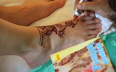 Hochzeitsvorbereitungen // Mehndi-Malerei