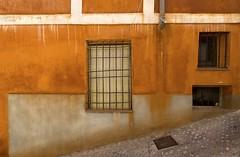 FOTO 16 (raulmartinezbeneyto) Tags: espaa verde azul de rojo rat wolf colores amarillo raul casas viejo martinez naranja fachada antiguo cuenca beneyto
