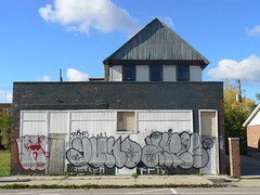 pack yuno aires (httpill) Tags: streetart art graffiti aires tag graf detroit pack dfw yuno